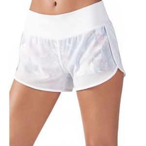NWT Fabletics Floral Built in Spandex Mesh Athletic Running Shorts in White
